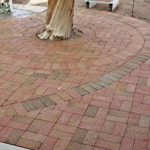 backyard-pavers