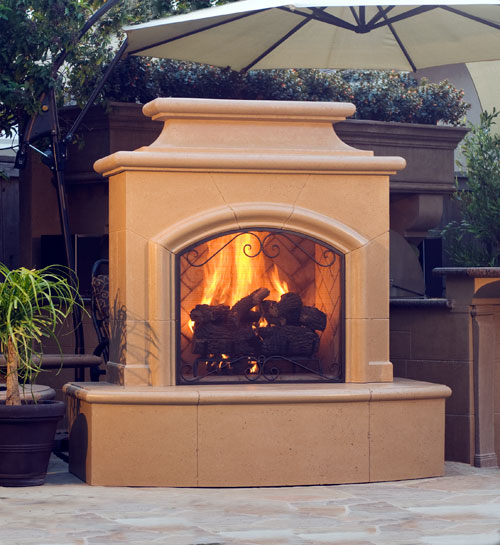 Paradise Outdoor Kitchens: Custom Fireplaces & Fire Pits
